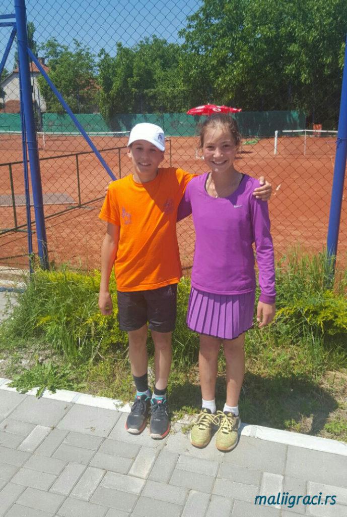 Krsta-Petrovic-Lola-Radivojevic