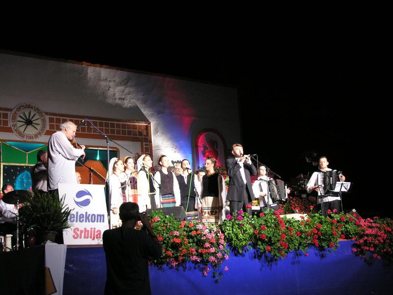 Maestro_Bora_Dugic_on_main_stage