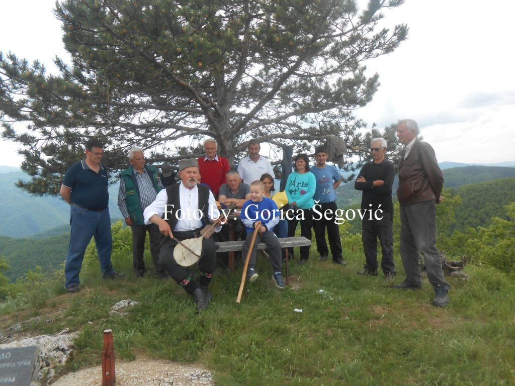 Meštani sela Sagonjeva i danas se okupljaju na zvuk klepetala